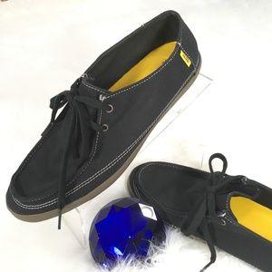 VANS - Off The Wall Black Canvas Loafers 12   H154
